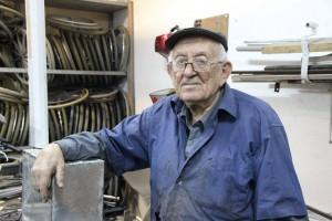 pr Eliezer Cohen med equip repair vol 13130885_637631963056410_215255850631008388_o